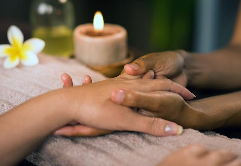 trattamenti estetici manicure